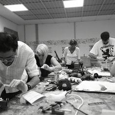Raschiettatura terminata e la prima giornata e' andata. #designtrasparenteworkshop