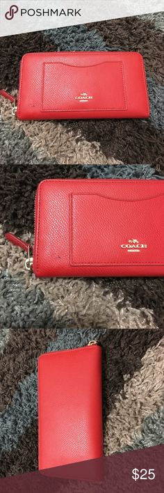 Coach Zip Wallet Used only for a month. Burnt orange color. Has 12 card holder, 2 inside pockets and a zip up section for change. Has a pen mark on bottom left corner of wallet (shown in picture 2) Aside from the pen mark, in really good condition- almost like new 😊 Bags Wallets