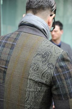 Etro continues technical exploration and experimentation with the pattern. 2014/15 Autumn Winter Collection via The Dandy Diaries | Designer Diary - ETRO