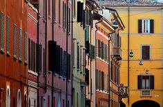 Colori di Bologna, via Rialto