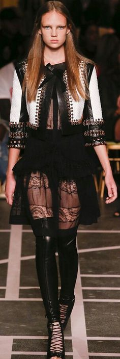 Givenchy Spring/Summer 2015 Ready-To-Wear Collection