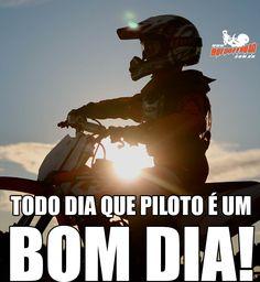 Todo dia que piloto é um #BomDia ! Every day I ride is a #GoodDay ! SIGA - FOLLOW Acesse: www.motooffroad.com.br #mx #mxgirl #MotoOffRoad #freestyle #ride #goride #lifestyle #amotrilha #rider #motocrosslife #endurocross #enduro #mxlove #trilha #trilhatodososdias #videdetrilheiro #vamostrilha #partiutrilha