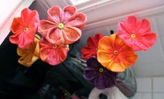 Awesome Mothers day gift for grandparents. kids painted them up with watered down food colouring. made from paper towels