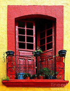 Red Window. By Olden Mexico