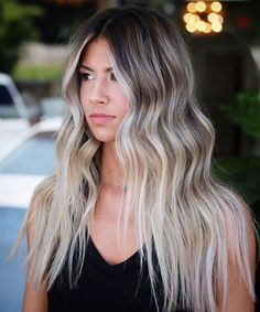 Most Demanded Long Hairstyle Models for Women You've Ever Witnessed Balayage Lob, Hairstylist Problems, Blonde With Dark Roots, Easy Hairstyles For Long Hair, Popular Hairstyles, Brunette To Blonde, Hair Highlights, Hair Beauty, Long Hair Styles