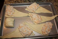 Chicken Roll Ups (chicken, cheese, cream cheese, and a packet of Hidden Valley Ranch powder) AMAZING! This looks so quick and easy! (Ranch Chicken Roll Ups) Think Food, I Love Food, Good Food, Yummy Food, Tasty, Chicken Roll Ups, Great Recipes, Favorite Recipes, Amazing Recipes