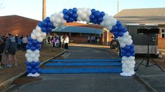 Great Balloon Arch marking the finish line for the We Believe In Children 5K Run in Pensacola, FL.