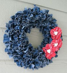 I love this wreath design. Very nice.