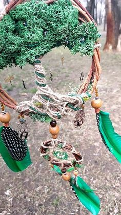 Natural Willow Dreamcatcher Inspired by Native American Dreamcatchers, Tree of Life home decor, Floral Nursery Decor, Moss Dreamcatcher. Fairy Crafts, Garden Crafts, Diy And Crafts, Arts And Crafts, Dream Catcher Decor, Dream Catchers, Summer Crafts For Kids, Kids Outdoor Crafts, Outdoor Art