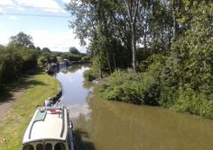 Here's a shot of the Grand Union Canal between Daventry and Braunston in England. Summer!