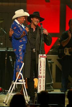 Ok, this is just funny! Jimmy Dickens and Trace Adkins at the Grand Ole Opry.