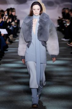 Marc Jacobs Fall 2014 Ready-to-Wear Collection Slideshow on Style.com