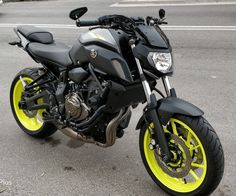 Mt 07 Yamaha, Yamaha Mt07, Yamaha Motorcycles, Cars And Motorcycles, Ducati 1199 Panigale, Foto 3d, Custom Helmets, Super Bikes, Motorcycle Gear