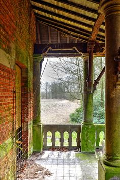 www.gert-bakker.nl - Urbex 40 - Chateau Nottebohm, België, maart 2014 Romantic Look, Melancholy, Decay, Abandoned, Old Things, Villa, Houses, Cabin, Mansions