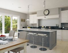 Our portfolio of bespoke kitchens showcase the projects commissioned by our clients. Our portfolio also highlights just how truly bespoke our kitchens are. Kitchen Colour Schemes, Kitchen Colors, Kitchen Layout, Kitchen Living, New Kitchen, Kitchen Decor, Kitchen Ideas, Kitchen Tips, Country Kitchen