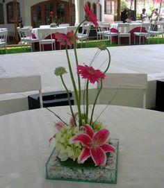 Decoraci%C3%B3n+de+Bodas%2C+Centros+de+Mesa+y+Arreglos+Florales+Rojos+54.jpg (319×367)