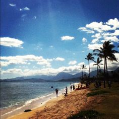 Facing the Marine Base in Oahu, Hawaii
