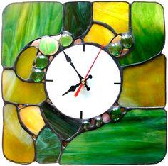 Часы ручной работы из витражного стекла