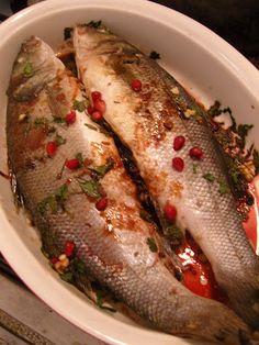 """La mia cucina persiana: Pesce ripieno in salsa di melograno - """"Mahi Shekam..."""
