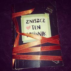 Podesłała Natalia Nowak #zniszcztendziennikwszedzie #zniszcztendziennik #kerismith #wreckthisjournal #book #ksiazka #KreatywnaDestrukcja #DIY