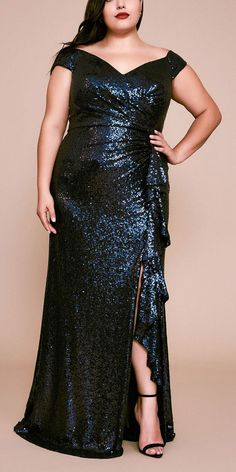 57 Plus Size Mother of the Bride Dresses - Alexa Webb Alexa's top picks of plus size mother of the bride dresses. These gorgeous frocks can also work for mothers of the groom too! Mob Dresses, Types Of Dresses, Bride Dresses, Plus Size Dresses, Formal Dresses, Traditional Wedding Attire, Plus Size Party Dresses, Sequin Gown, Groom Dress