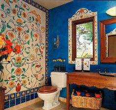 Spanish Mediterranean colors and themes. Beautiful Colors! I totally love this! What if I tile by my tub....