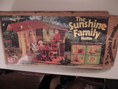 MATTEL SUNSHINE FAMILY DOLLS AND HOUSE WITH BOX PLUS EXTRAS FROM 1970s