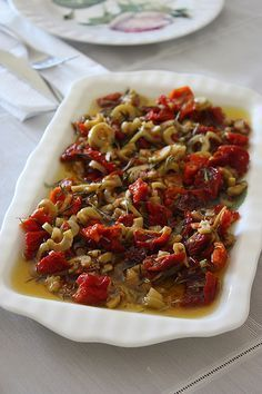 Breakfast & spices olive oil MATERIALS cup extra virgin olive oil 4 … - Food and Drink Turkish Recipes, Ethnic Recipes, Turkish Breakfast, Vegetarian Breakfast Recipes, Appetizer Salads, Cooking Recipes, Healthy Recipes, Perfect Food, Salad Recipes