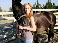 alisha newton-at the beach Heartland Season 1, Heartland Episodes, Heartland Tv Show, Westerns, Horse Braiding, Lost Highway, Amber Marshall, Show Horses, My Ride
