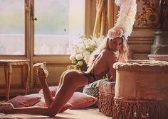 世界で最もホットな女性Stella Maxwell(ステラマックスウェル)の魅力とファッション