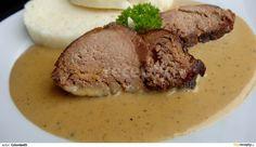 Beef in pepper sauce - Hovězí v pepřové omáčce recept - TopRecepty. Czech Recipes, Steak, Food And Drink, Stuffed Peppers, Fine Dining, Meat, Easy Meals, Stuffed Pepper, Steaks
