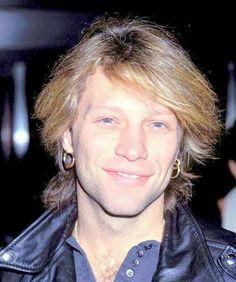Jon Bon Jovi 1993. @pes.claudia | Instagram