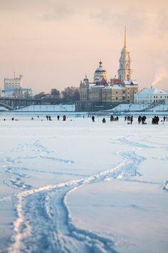 Winter Volga.. Rybinsk, Russia