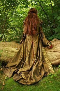 Farb-und Stilberatung mit www.farben-reich.com - Fairy tale woodland fashion