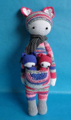 KIRA the kangaroo made by Evita O. / crochet pattern by lalylala
