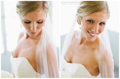 Elegant and chic bridal portraits • Jenny DeMarco Photography • www.jennydemarco.com • Austin, Tx • Laguna Gloria •
