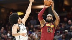 LeBron James scores 23 points in the 4th quarter, 1 shy of his career-high, and finishes with 33 points in the Cavs win over the Nets.