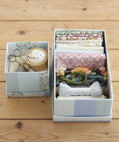 布を切って貼るだけで、おしゃれなお裁縫箱のできあがり。/布で楽しむおうち収納雑貨(「はんど&はあと」2012年3月号)