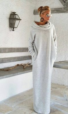 Χειροποίητο γυναικείο φόρεμα από υλικό φούτερ. http://handmadecollectionqueens.com/χειροποιητο-γυναικειο-φορεμα-απο-υλικο-φουτερ #Handmade #fashion #dress #women #storiesforqueens #clothing