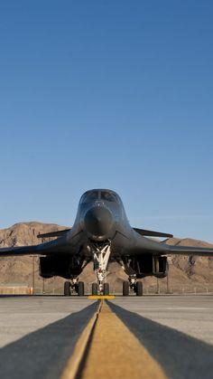Rockwell B-1 Lancerr, fighter aircraft, U.S. Air Force (vertical)