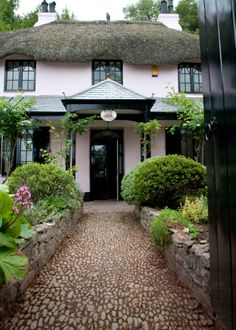Holiday Cottages South Devon, Self Catering Holiday Cottage Torquay, Dog Friendly Cottage Devon | Cary Arms