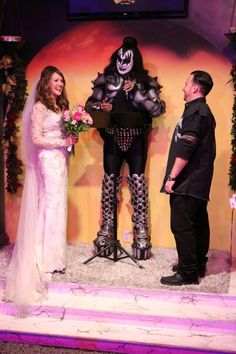 Wedding chapels in las vegas and themed weddings on pinterest for Crazy las vegas weddings