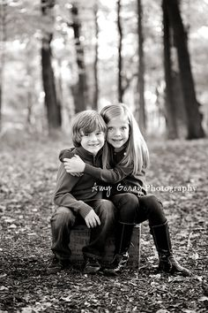 Copyright Amy Goray Photography  Great siblings pose!