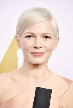 Michelle Williams attends the 89th Annual Academy Awards Nominee Luncheon at The Beverly Hilton Hotel on February 6, 2017 in Beverly Hills, California.