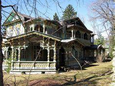 Russian style old villa in Narva-Jõesuu, Estonia