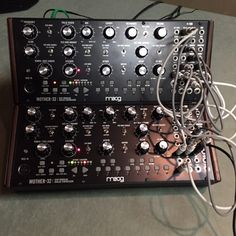 Moog_Mother-32_patched-e1443716620446.jpg (1200×1200)