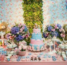 Cor da decoração e doces da festa