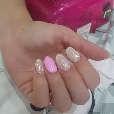Risultati immagini per unghie verde unghie pinterest for Immagini con brillantini
