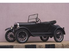 April Automobile and industrial pioneer Henry Ford dies at the age of This is a 1926 Model T, the year before they stopped producing them. Interested in Henry Ford? Click through the image to learn about a lesser known side of him. Ford Motor Company, Vintage Cars, Antique Cars, Convertible, Ford Classic Cars, Classic Mustang, Old Fords, Car Ford, Auto Ford