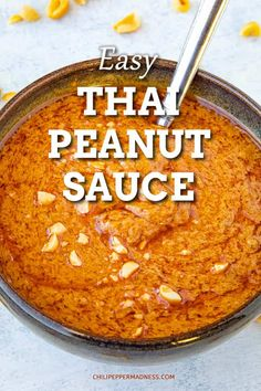 Easy Thai Peanut Sauce - This is a quick and easy Thai peanut sauce recipe is made with creamy peanut butter, chili-garlic sauce and lots of seasonings. Ready in 5 minutes. via Chili Pepper Madness Easy Thai Peanut Sauce, Sauce Thai, Peanut Butter Sauce, Chili Sauce, Creamy Peanut Butter, Peanut Satay Sauce, Rice Sauce, Homemade Peanut Sauce, Peanut Butter Chicken